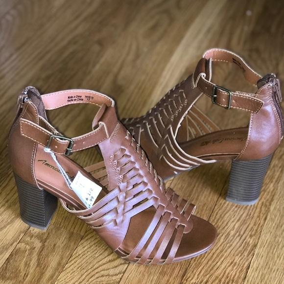 3d3f3d39b3a American Eagle Sandal Heels Size 6.5 NWT